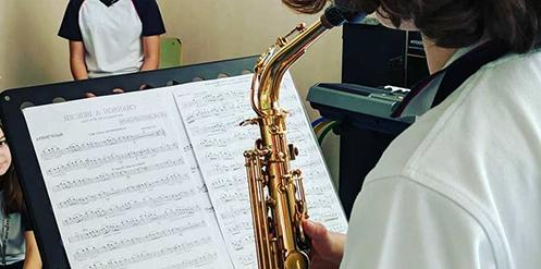 Escuela Oficial de Música