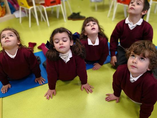 Escuela infantil - Yoga