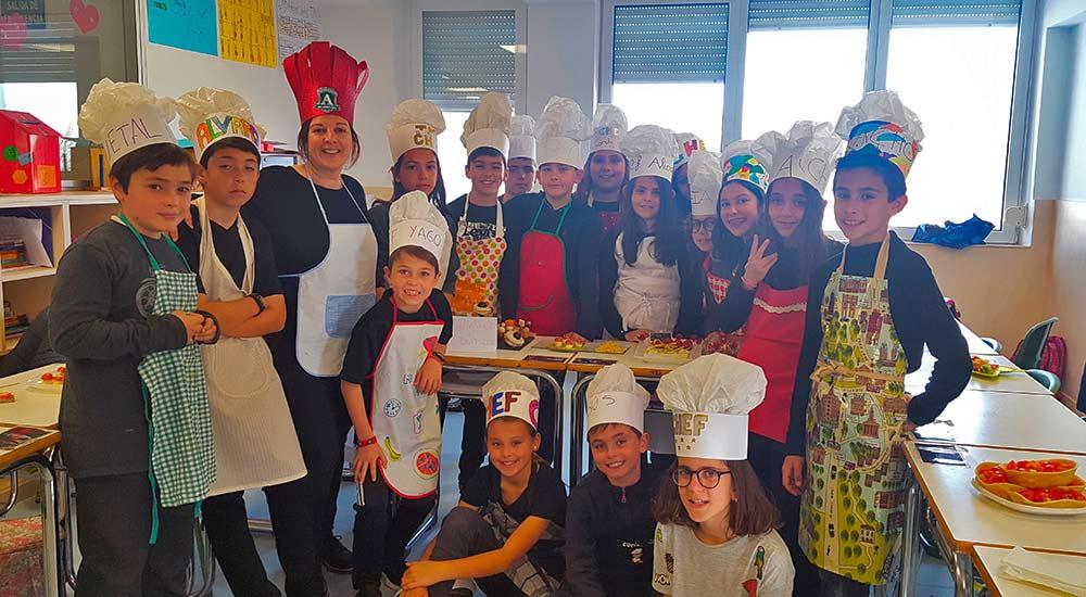 AlarcónChef, con alumnos de Primaria siendo chefs de primera