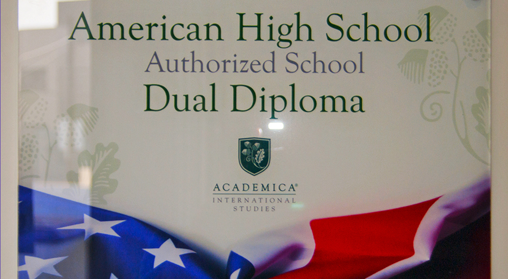 Bachillerato Dual Americano