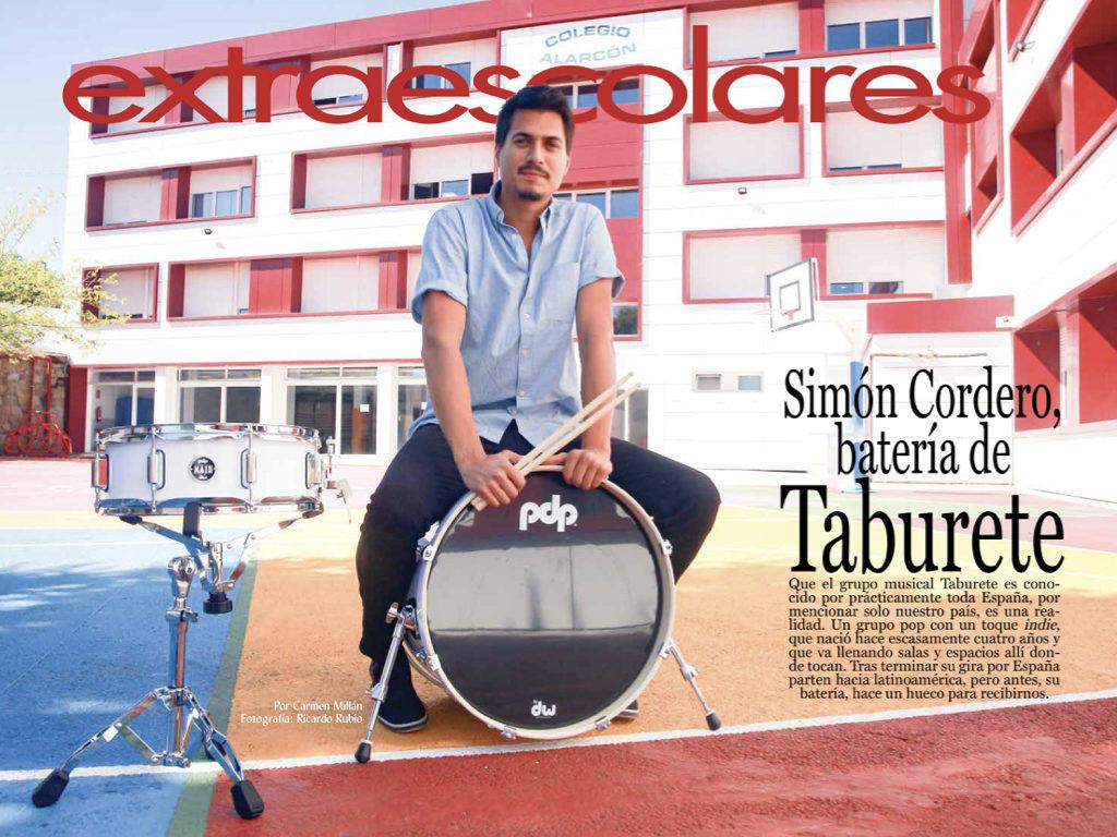 Simón Cordero, batería de Taburete, es uno de los profesores de la Escuela de Música Alarcón