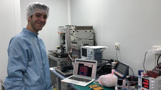 Julián Fernández Barcellona lanza su picosatélite al espacio