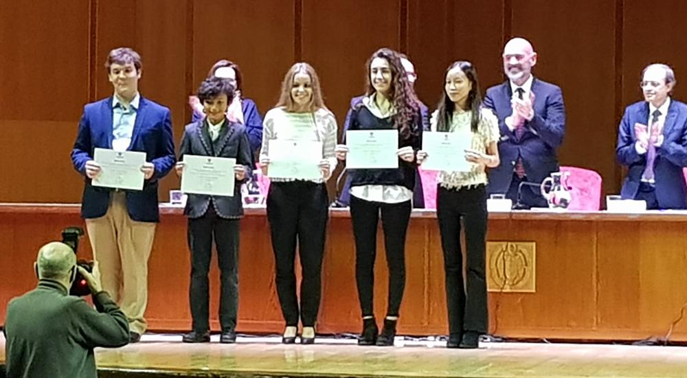 Lorena Jianxing García Martínez, reconocimiento por sus notas UCM obtenidas en la EvAU